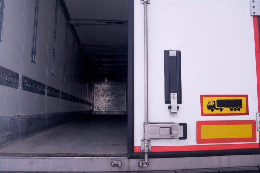 Why Semi-Trailer Door Maintenance is a Critical Investment