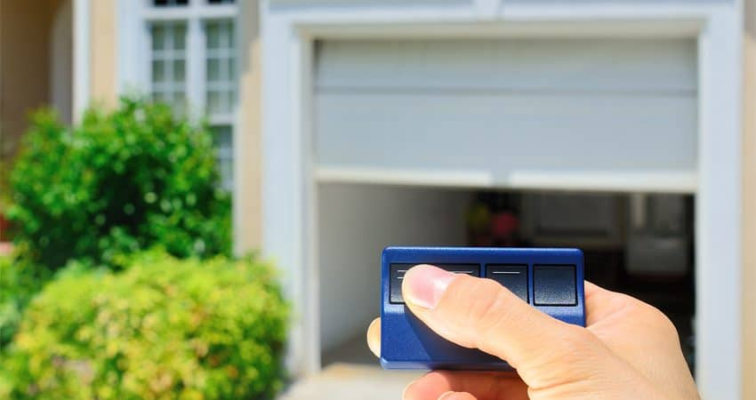 Essential Buying Tips for Commercial Garage Door Installation