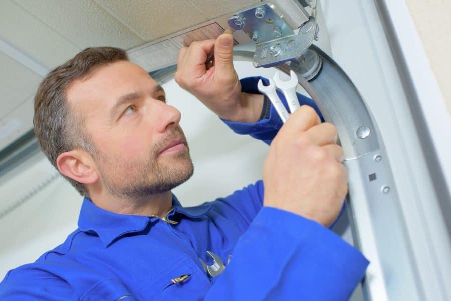 Common Maintenance Challenges For Industrial Garage Doors